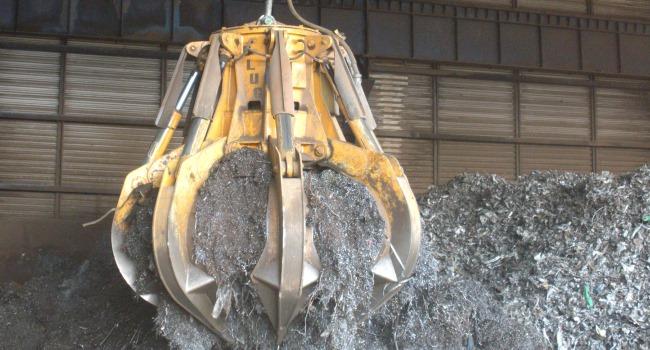 Электрогидравлический грейфер для металлолома